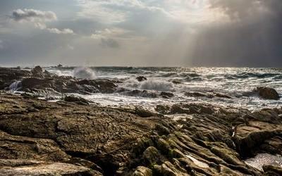 vagues à Saint Guénolé