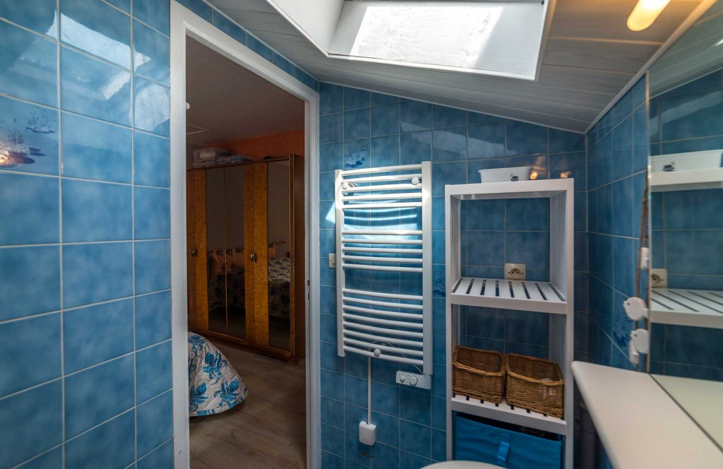 location-loctudy.net - Photo salle de bain